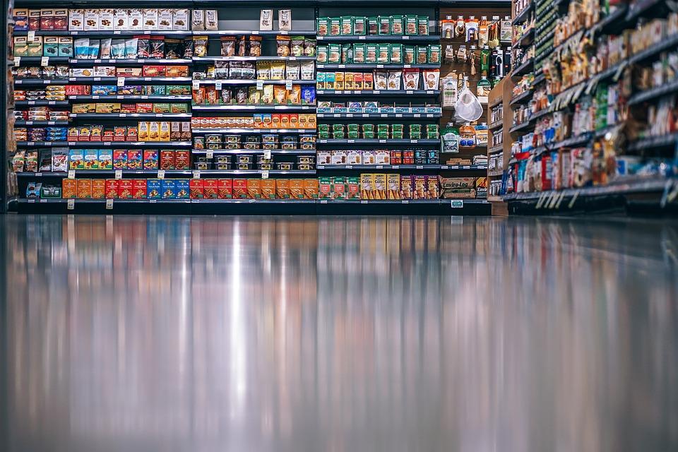 jak eksponować produkty w sklepie